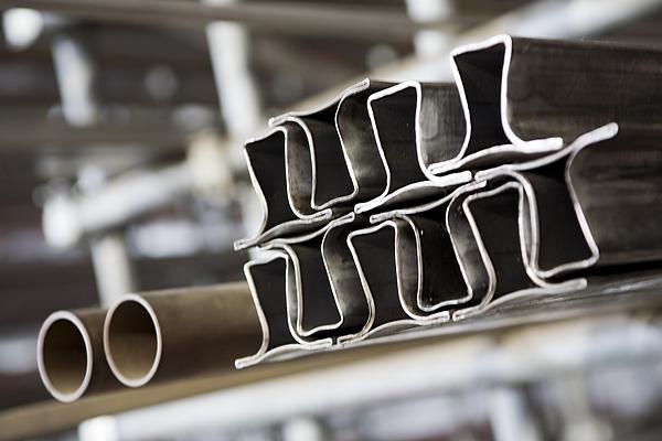 Metinox profili per serramenti inox roma for Profili per gradini in acciaio